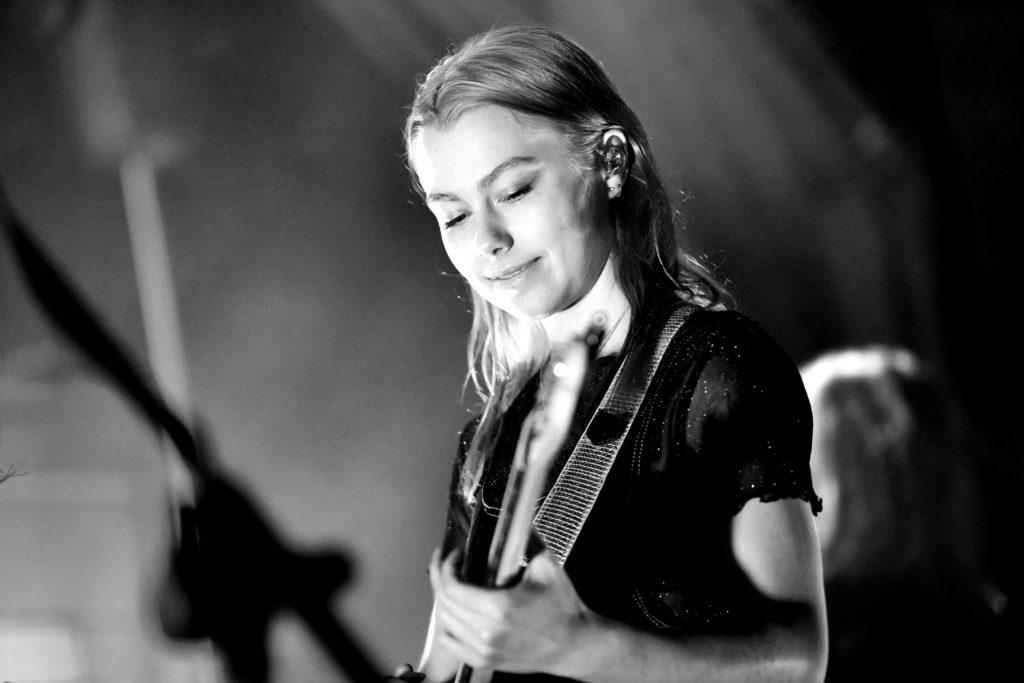 Phoebe Bridgers in 2020 | Music, Photography, Concert